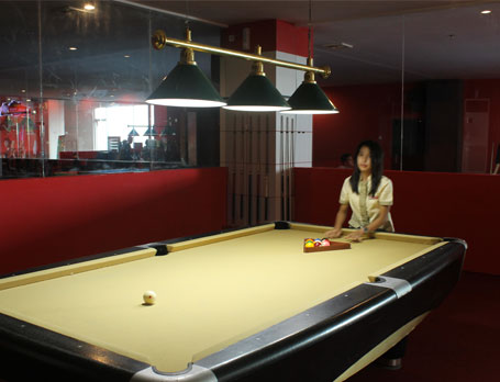 WN-NewLegendBilliard